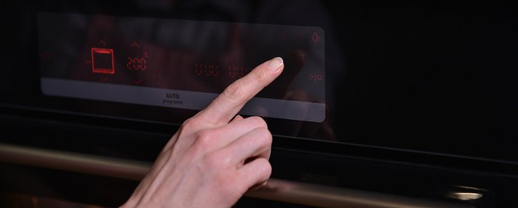 Digitální programovatelné hodiny